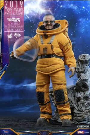 Hot Toys 1/6 Marvel Stan Lee Exclusive Figure! In Stock for Sale in Chino Hills, CA