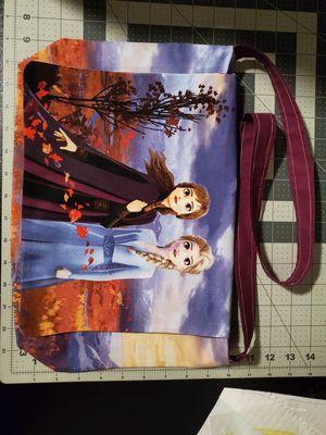 Frozen II 2 messenger bag purse for Sale in Lakeside, CA