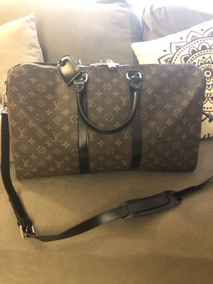 Louis Vuitton travel bag for Sale in Fontana, CA
