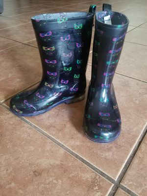 Girls Rain Boots Size 12/13 for Sale in Redlands, CA