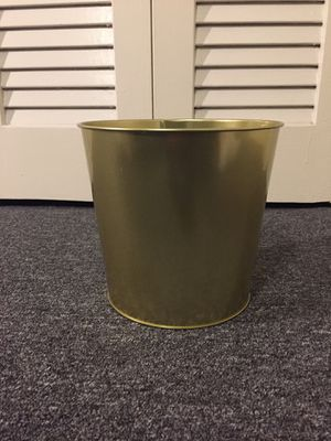 Brass colored plant pot for Sale in Arlington, VA