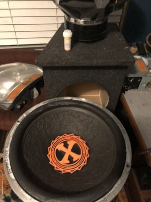 2 Power bass 15s for Sale in Detroit, MI