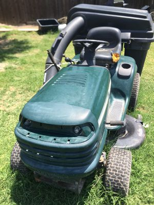 Riding lawnmower tractor for Sale in Lemoore, CA
