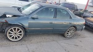 2001 Toyota Camry 2.2 PARTS CAR for Sale in Houston, TX