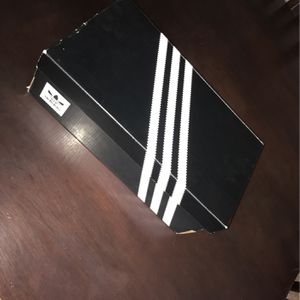 Adidas Black Size 11 for Sale in Las Vegas, NV