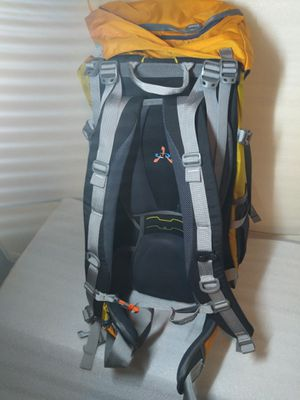 Women hiking backpack 55+10 SL for Sale in Fort Worth, TX
