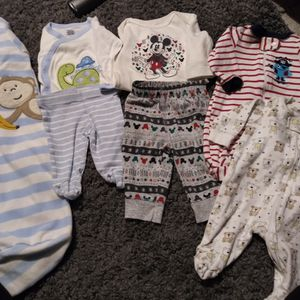 NB Onesies and Sleepers LOT for Sale in Aurora, CO