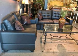 New Black Sofa and loveseat for Sale in Austin, TX