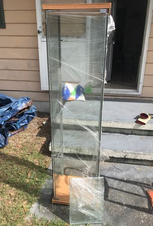 Glass Tower Display Case for Sale in Dagsboro, DE