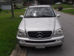 2003 Mercedes Benz ML320 Truck Crossover 4 Door Leather Interior SUV for Sale in Union City, GA