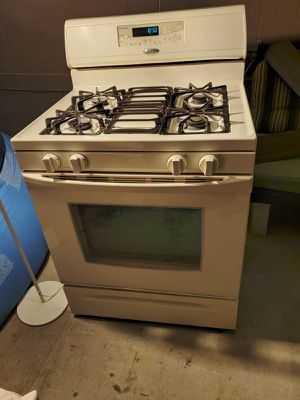 Gas stove for sale for Sale in Las Vegas, NV