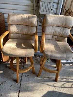 Swivel bar stools set of 2 for Sale in St. Louis, MO