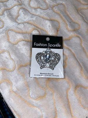 Fashion Brooch for Sale in Palmdale, CA