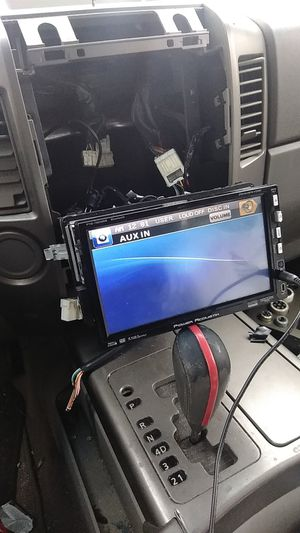 Car audio installattiooonn!!! for Sale in West Chicago, IL