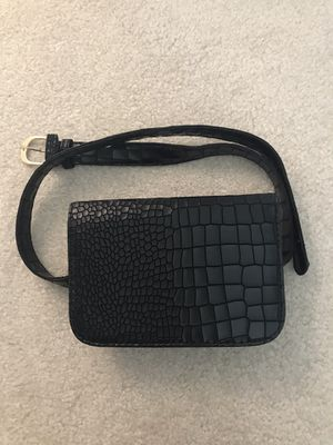 Faux Crocodile Leather Mini Waist Bag/Fanny Pack for Sale in Fremont, CA