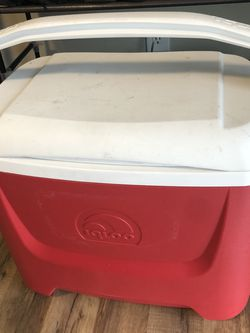 Igloo Water Cooler [26L or 28 Qt] for Sale in Seattle,  WA