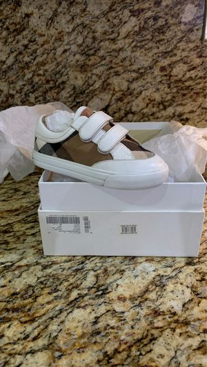 Kids Burberry shoes, size 26 ( 9.5 ), my son only wore a couple of times, looks brand new. for Sale in Artesia, CA