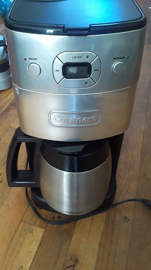 Cuisinart coffee maker with bean grinder for Sale in Brooklyn, NY