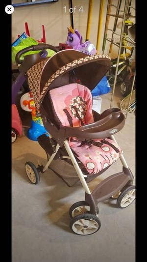 Stroller is good condition for Sale in Dallas, TX