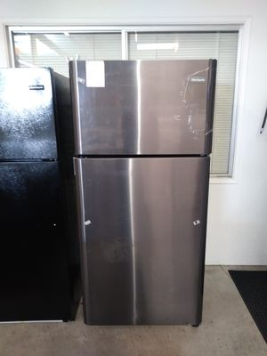 New Frigidaire black stainless refrigerator for Sale in Chula Vista, CA