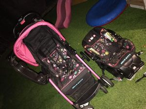 Hello kitty baby stroller for Sale in E RNCHO DMNGZ, CA