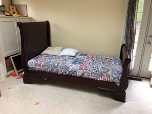 Twin sleigh bed with mattress in like new condition for Sale in Bellevue, WA