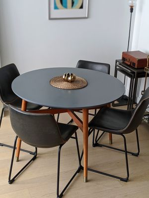 Mid-century inspired dining table & 4 chairs for Sale in New York, NY