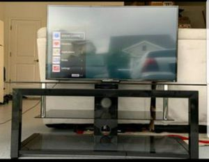 Tv Excellent condition scrath free Sony bravia 50 Inch smart tv with tv stand tv /tv can be mounted on the wall have to set up your own wall mount for Sale in Kissimmee, FL