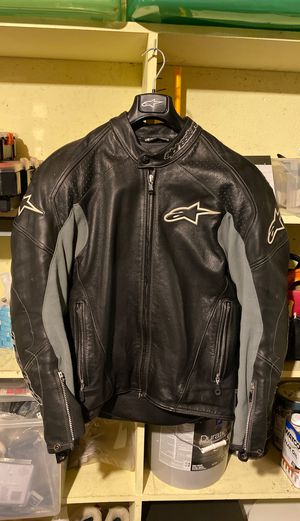 Alpinestars motorcycle jacket men's size 46 thick leather for Sale in Englewood, CO