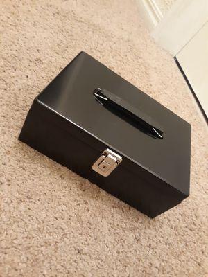 Lock box. for Sale in Parsons, KS