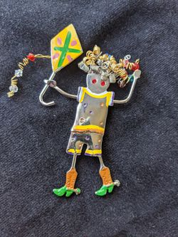 Large Vintage Flying A Kite Kid with Curly Hair and Hinged Legs Pin Brooch for Sale in Alpharetta,  GA