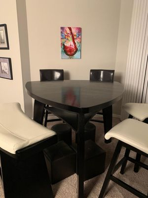 Dining Set for Sale in Raleigh, NC