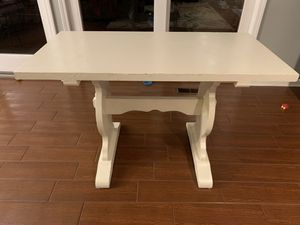 White Farmhouse Style Table or Desk for Sale in Murrysville, PA