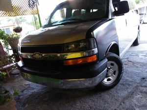 2003 chevy express for Sale in Phoenix, AZ
