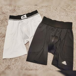 Adidas Youth Basbeall Slider Shorts w/ Cup (Sz: S) for Sale in Haslet, TX