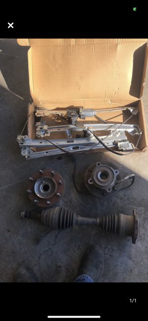 02 chevy 2500hd parts for Sale in Bakersfield, CA