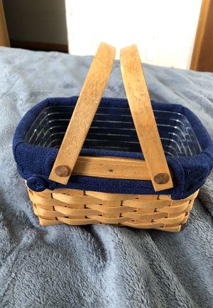 Longaberger Little Market Basket for Sale in Hilliard, OH