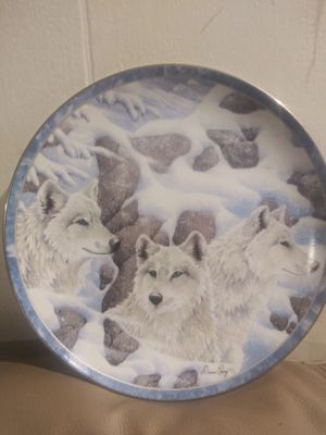 Collectible 1998 wolf plate Diana Casey. Fearless Guardians for Sale in Powder Springs, GA