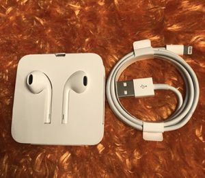 Apple wire Headphone and charger brand new for Sale in Alsip, IL