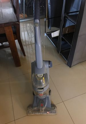 Vacuum cleaner for Sale in Hialeah, FL