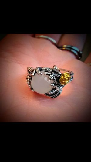 AntiQue SiLveR MoOn StOne LeaF RiNg for Sale in North Salt Lake, UT