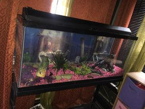 Fish tank for sell for Sale in Cleveland, OH