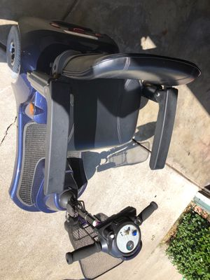 Revolution mobility scooter for Sale in Fremont, CA