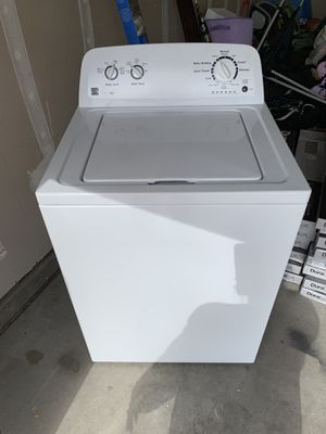 Washing machine mint condition for Sale in Payson, AZ