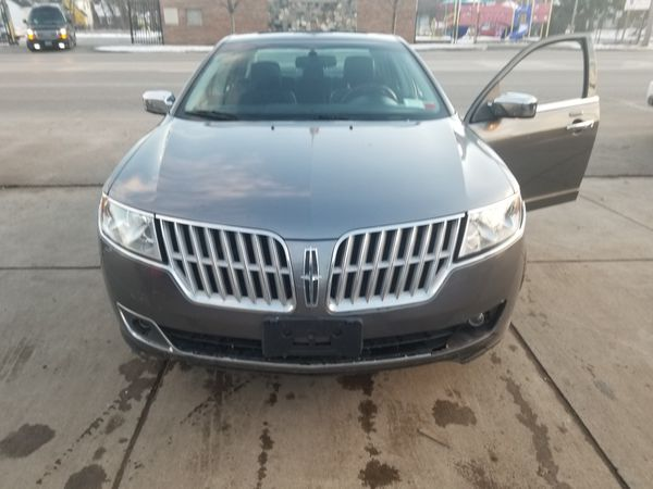 2011 Lincoln MKZ All wheel drive low miles fully loaded