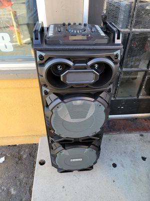 Bluetooth karaoke speaker/bosina special $200 for Sale in Fontana, CA