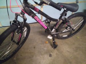 Womens Mongoose mountain bike for Sale in Grapevine, TX
