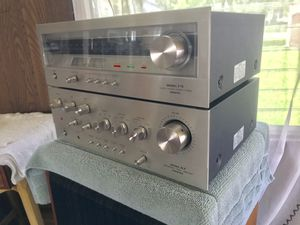Onkyo Amp & Tuner for Sale in Naperville, IL