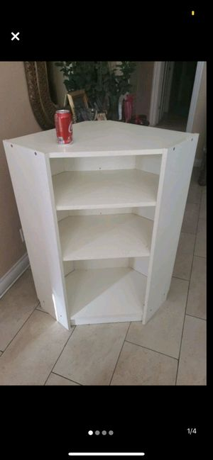 White table with 3 shelves for Sale in Aliso Viejo, CA