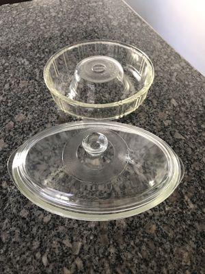 Glasbake oval casserole dish and round bundt cake mold for Sale in Chula Vista, CA